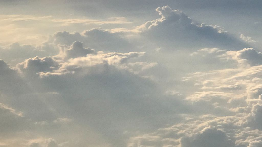 cloud hosting aws